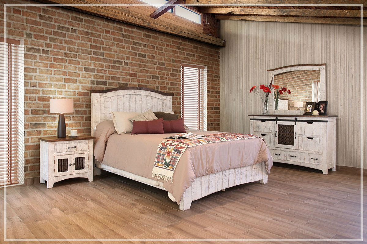 White Pine Bed